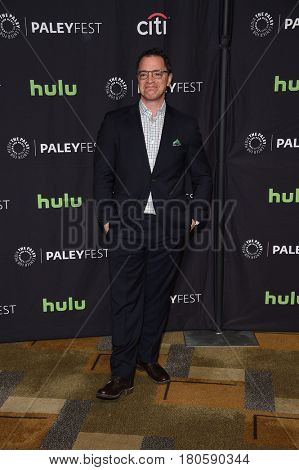 LOS ANGELES - MAR 26:  Josh Malina arrives for the PaleyFest LA 2017-Scandal on March 26, 2017 in Hollywood, CA
