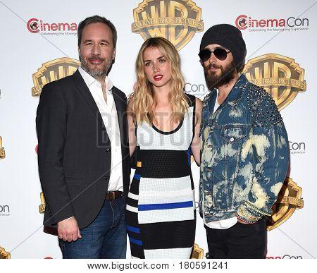 LOS ANGELES - MAR 29:  Denis Villeneuve, Ana De Armas and Jared Leto arrives for the CinemaCon 2017-Warner Brothers on March 29, 2017 in Las Vegas, NV