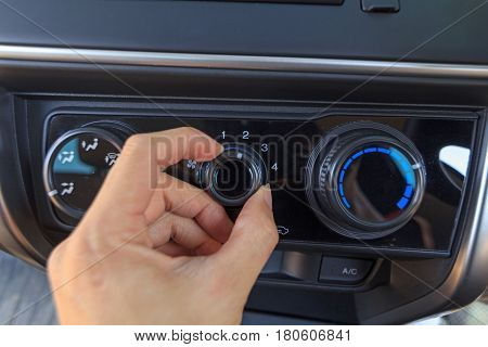 Open switch air condition of the car