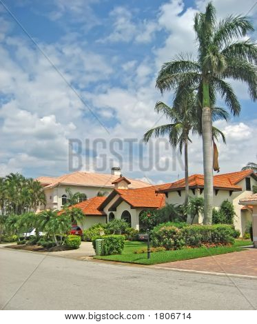 Palatial Tropical Homes 1.Jpg