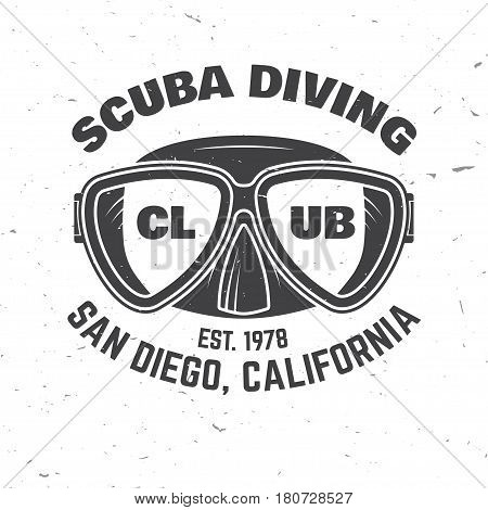 Scuba diving club. Vector illustration. Concept for shirt or logo, print, stamp or tee. Vintage typography design with diving mask silhouette.