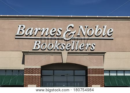Lafayette - Circa April 2017: Barnes & Noble Retail Location. Barnes & Noble Is A Leading Retailer O