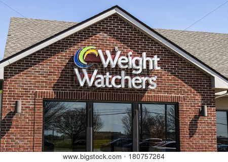 Lafayette - Circa April 2017: Weight Watchers Meeting Location. Oprah Winfrey Is A Weight Watchers S