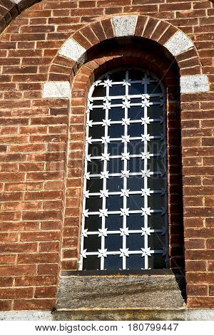 Rose Window  Italy  Lombardy      The Legnano    Tower   Tile