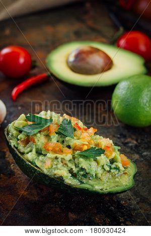 Guacamole Boat - Bowl Made From Avocado Skin.