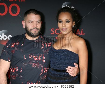 LOS ANGELES - APR 8:  Guillermo Diaz, Kerry Washington at the