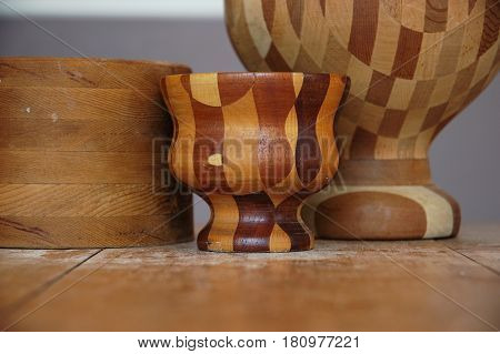wood bowl eat drink  grain table  checker