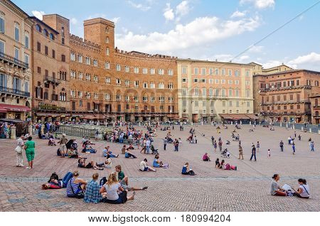 Pleasant autumn afternoon on the Piazza del Campo - 23 September 2011, Siena, Italy