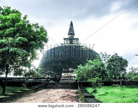 Polonnaruwa, Sri Lanka. The Ruins Of An Ancient Temple, Traces Of An Ancient Highly Developed Civili