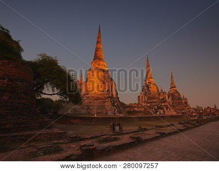 Ancient temple Wat Phra Si Sanphet at night. Ayuthaya historical park, Thailand