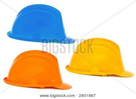 Drei Helme