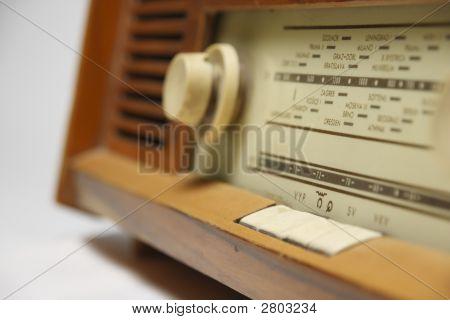 Old Radio Blured