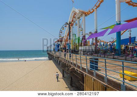 Santa Monica, Usa -may 18: Pacific Park Amusement Park On The Santa Monica Pier In Santa Monica, Cal