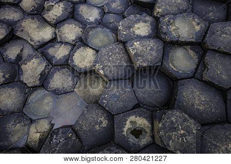 Hexagon Shaped Basalt  Forming The Giants Causeway In Northern Ireland