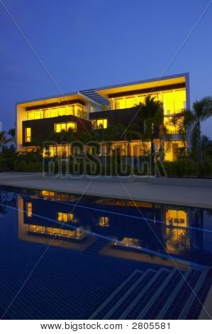 Night Pool Villa