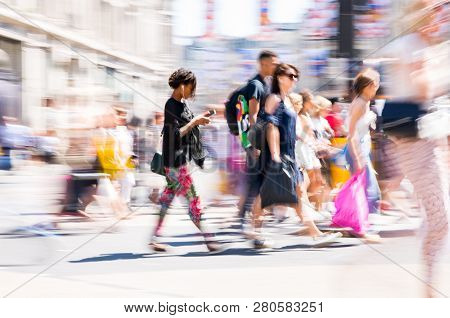 London, Uk - 26 June, 2018: Beautiful Motion Blur Of People, Walking In The Regent Street In Summer