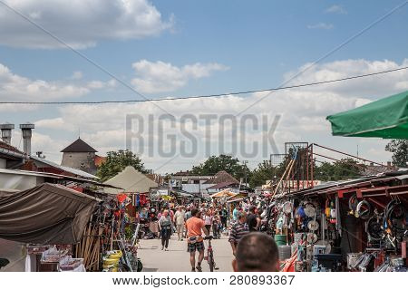 Subotica, Serbia - July 1, 2018: Crowd Packing On The Subotica Market, Also Refereed As Buvlak. It I