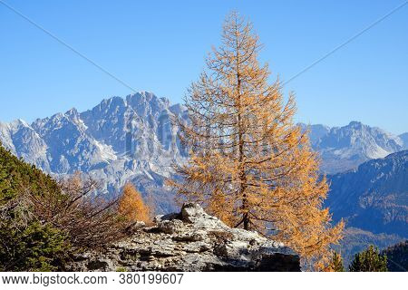 Sunny Picturesque Autumn Alpine Dolomites Rocky  Mountain View From Hiking Path From Giau Pass To Ci