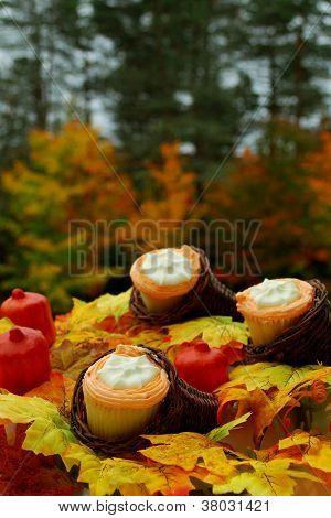 Thanksgiving Cupcakes In Mini Cornucopia
