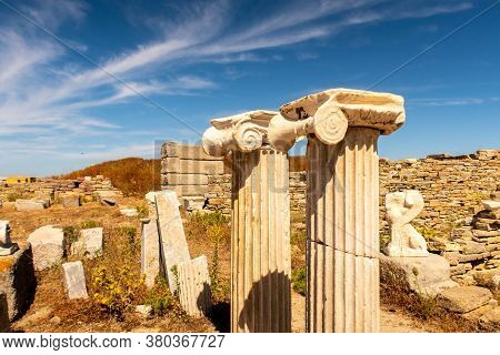 Close-up View Of Antique Columns On Delos Island - Mythological, Historical, And Archaeological Site