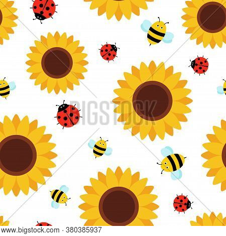 Seamless Pattern With Cute Insects And Flowers. Bee, Ladybug And Sunflowers Cartoon Style