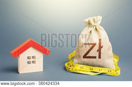 House And Polish Zloty Money Bag. Building Maintenance. Calculation Of Expenses For Purchase, Constr