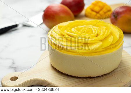 Homemade No Bake Mango Mousse Cheese Cake