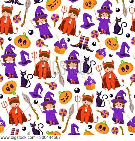 Halloween Cartoon Seamless Pattern - Kids In Halloween Costumes Of Devil And Witch, Scary Pumpkin La