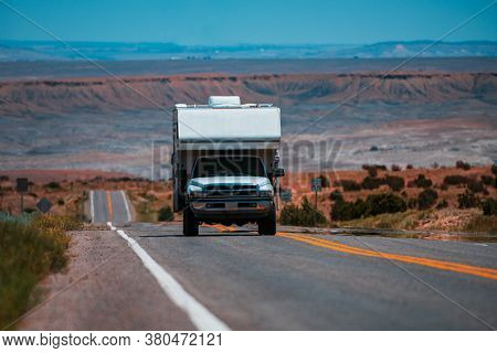 Rv Camping, Camper Van. Vacation On The American Road. Exploring The Usa. Family Vacation Travel, Ho