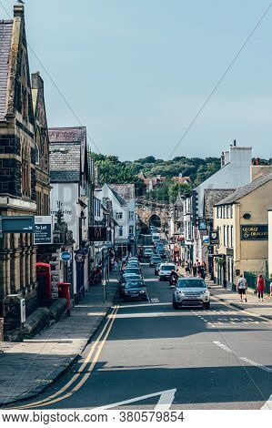 Conwy, North Wales, Uk - 09 August, 2020: Nice Town Conwy, Located In North Wales During Hot Summer