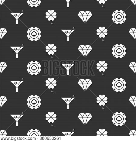 Set Diamond, Casino Chips, Martini Glass And Casino Slot Machine With Clover On Seamless Pattern. Ve
