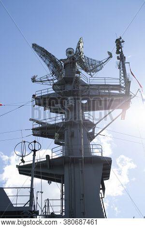 Mast Warship. The Lightning Arresters And Antenna Shortwave And Longwave Data. Radar Air Surveillanc