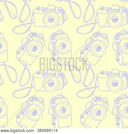 Seamless Outline Pattern With Photo Camera. Vector Illustration For Print, Wrapping Paper, Website,