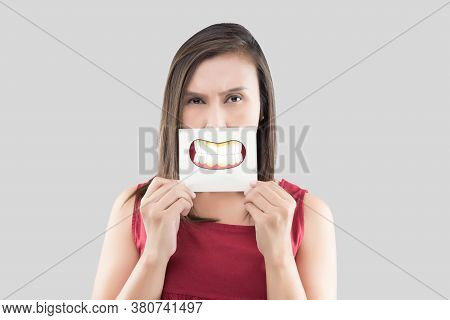 Asian Woman In The Red Shirt Holding A Brown Paper With The Dental Plaque Cartoon Picture Of His Mou