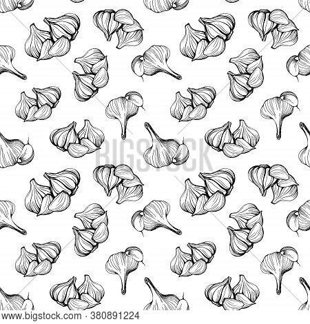 Hand-drawn Pattern Of Garlic. Garlic Vegetable Seamless Pattern. Vector Illustration. Design For Tex