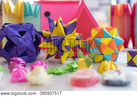 Multicolor Modular Origami Star Sphericalal Of Modular Origami Spiky Ball Model Decoration Visual Ar