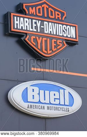 Bordeaux , Aquitaine / France - 08 10 2020 : Buell And Harley-davidson Logo Text And Sign Of Motorcy