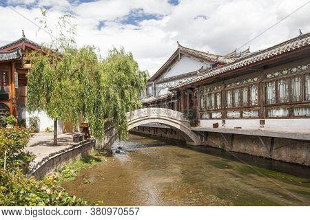 Traditional Stone Bridge In Old Town ,  Lijiang Yunnan ,china