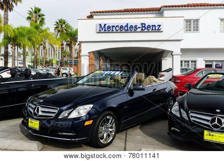 Mercedes-benz Automobile Dealership