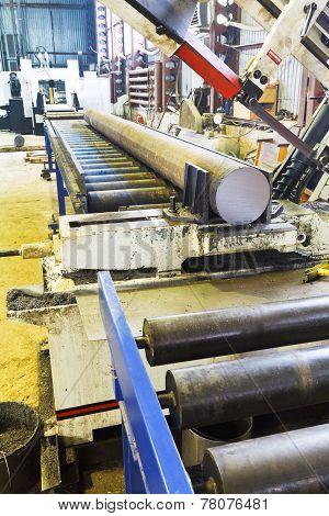 Cutting Saw Machine With Steel Bar