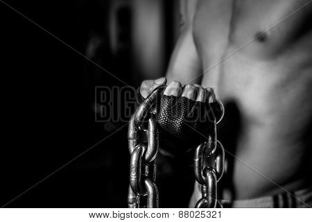 Bodybuilding with Chains