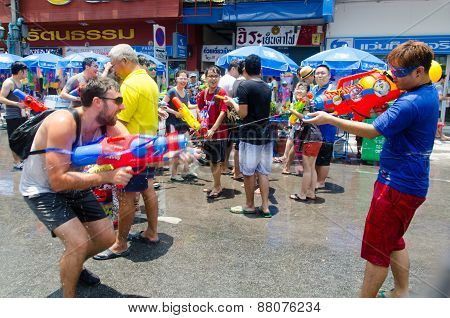 Songkran Shootout