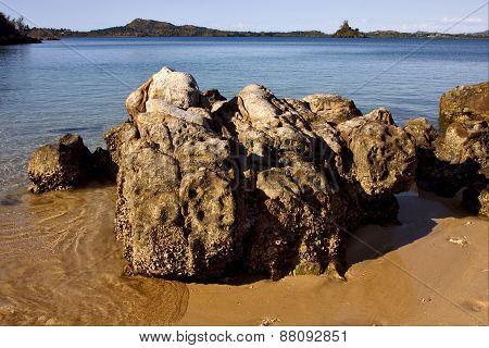 Nosy Be Rocks