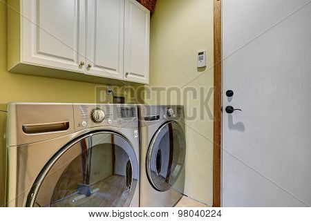 Simple Laundry Room With Washer Dryer Set.