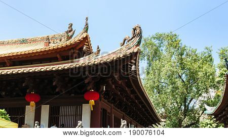 Decorated Roof Of Guangxiao Temple In Guangzhou