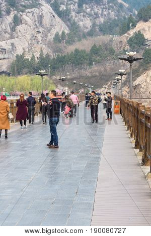 Tourists At Manshui Bridge On Yi River