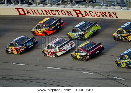 Nascar:  May 07 Showtime Southern 500