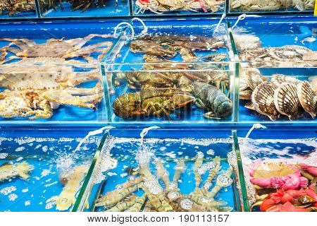 Crabs, Scallops In Fish Market In Guangzhou City
