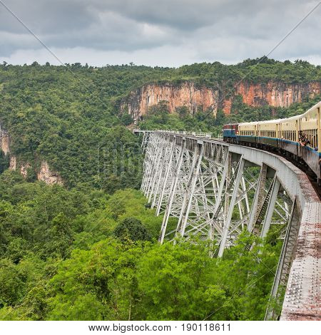 Train passing the famous viaduct Goteik between Pyin Oo Lwin and Hsipaw in Myanmar