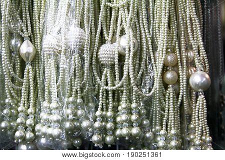 pearl collar bijou lady  accessories white color